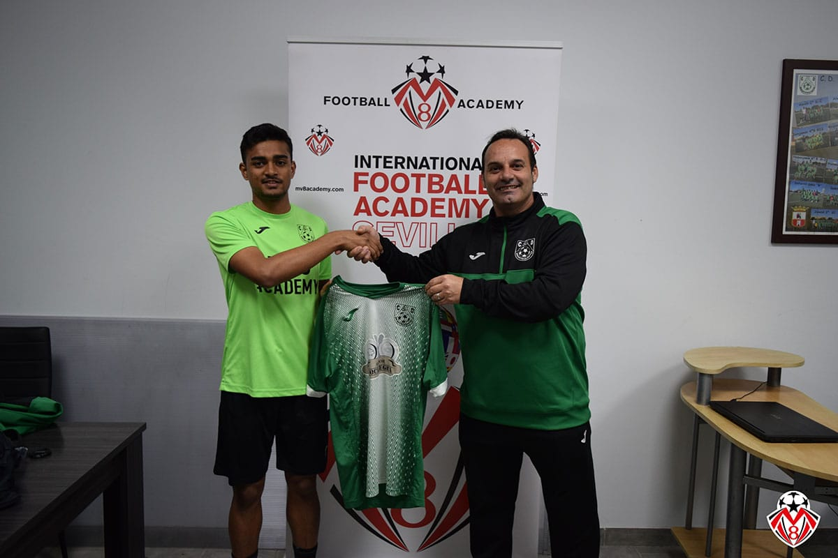 Mishal  Noushad signing with Montequinto Juvenil A Team