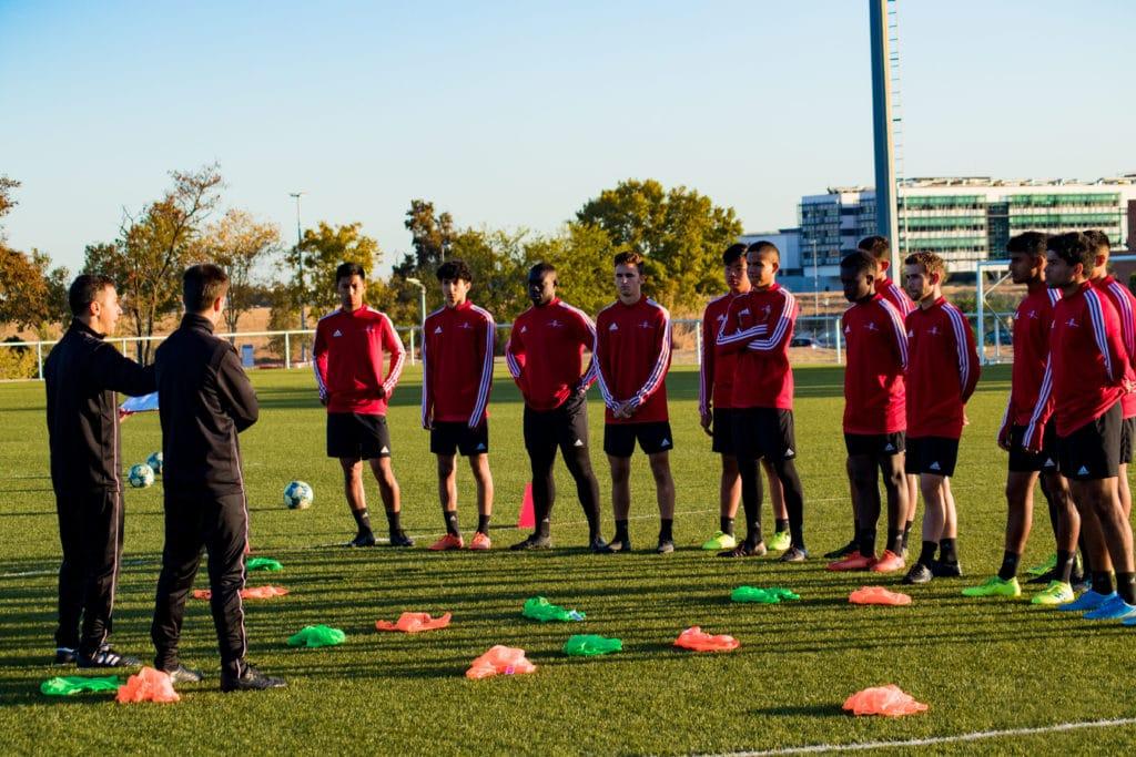 MV8-Football-Programs